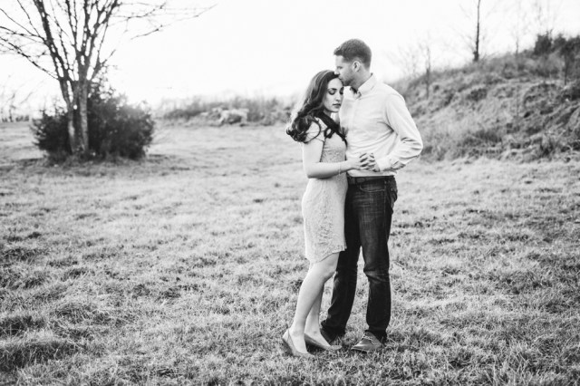 Engagement Session Outdoor in Nashville | Nashville Weddings