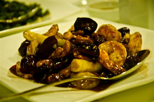 Stir Fried Beef with Chili Peppers