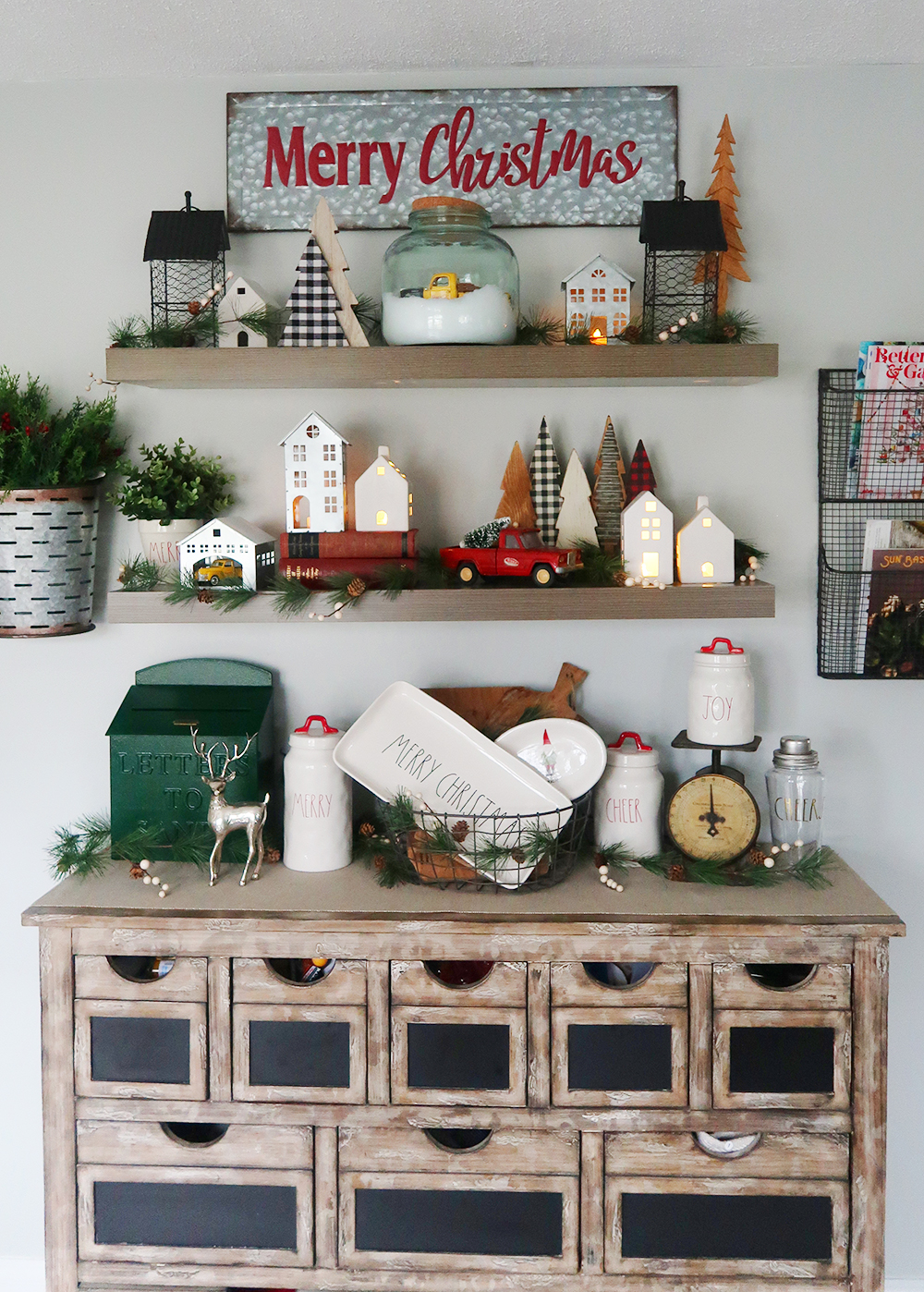 Decorating Floating Shelves For Christmas Weekend Craft