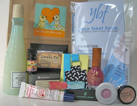 Amanda Gift Bag Gift Bag Details   Ruffs Raffle at Martini Madness