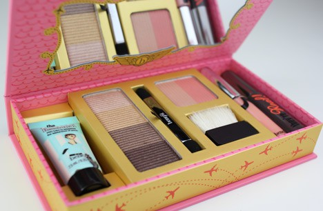 BenefitJetSet2 Benefit Holiday 2012   Shes So Jetset Review