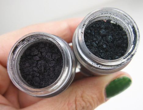 MACArchiePigment5 MAC Archie's Girls Pigments and Liners – review, photos, swatches & looks