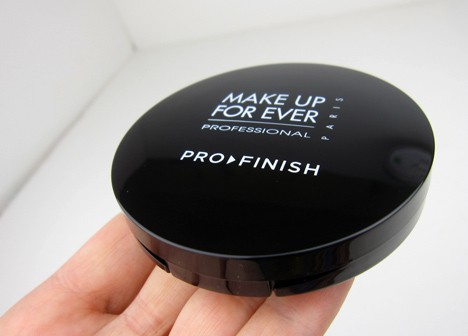MUFEpro2 MAKE UP FOR EVER Pro Finish Multi Use Powder Foundation   review, photos and swatches