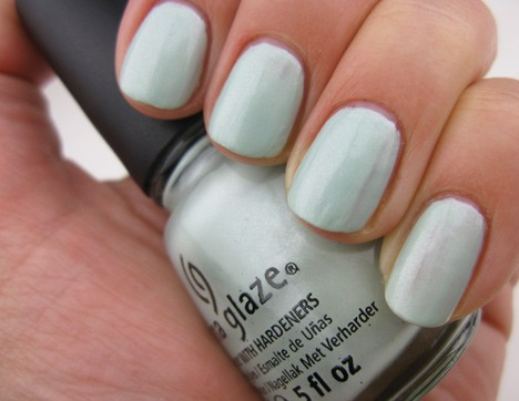 China Glaze Keep Calm, Paint On