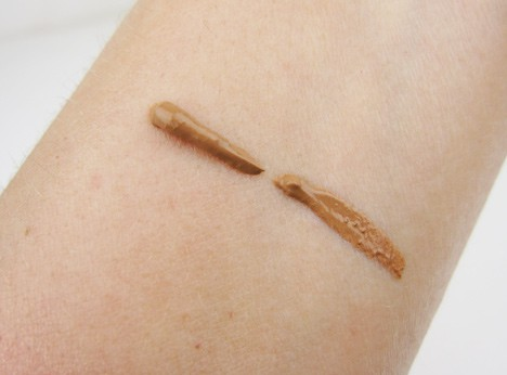 tarte bronze and glow swatch