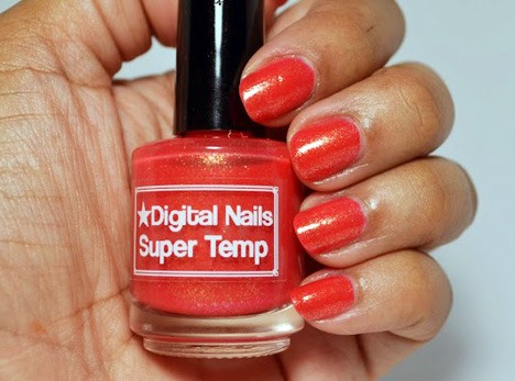 Digital Nails Super Temp swatch