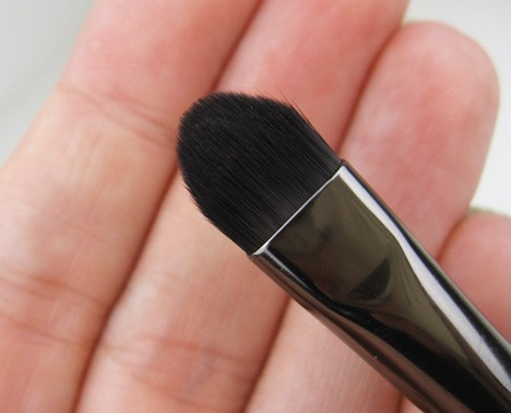 MUFE-brush-228