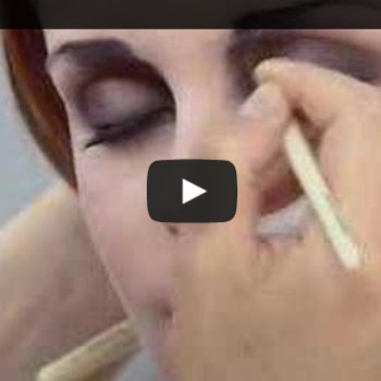 Vintage Lookbook: How To Create 1920s Flapper Make-Up