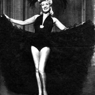 The best legs in Hollywood: a photo tribute to Betty Grable's legs