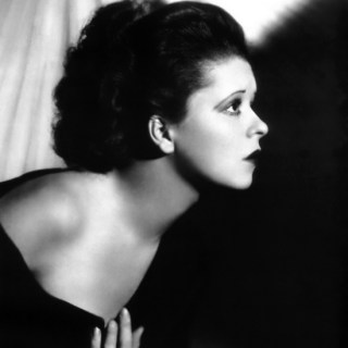 A striking 1920s Clara Bow photo