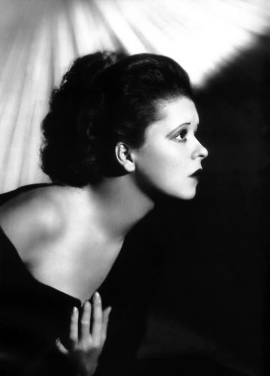 1920s Clara Bow photo