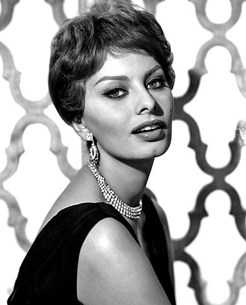 Sophia Loren's measurements