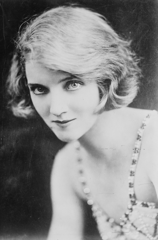 1920s portrait of Dorothy Dickinson