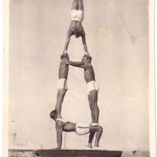 A man-pyramid, 1940s