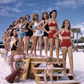 Vintage swimwear: 1940s bikinis