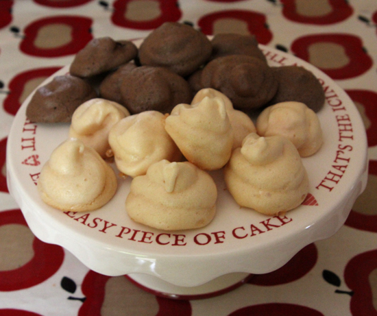 Vintage kitchen: French meringues