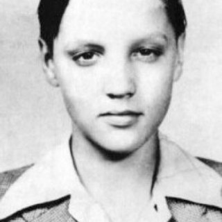 Young Elvis Presley aged 12