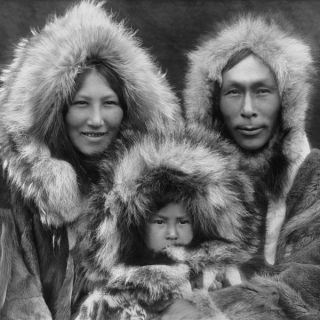 1920s Eskimo family portrait