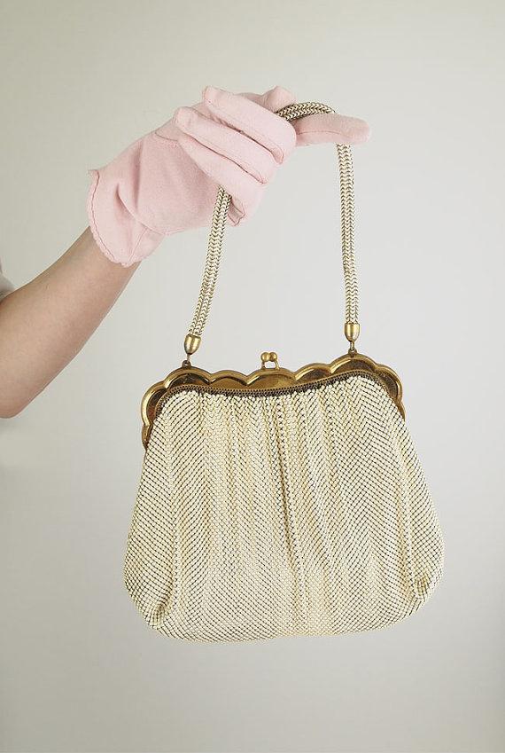 30s 40s Whiting & Davis Ivory Enameled Metal Mesh Handbag