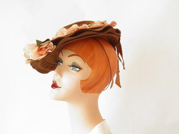 1940s Tilt Toy Hat