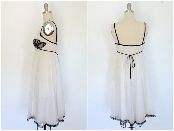 1960s Nightgown