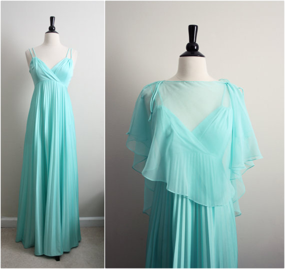 Vintage 70s Mint Pleated Maxi Dress