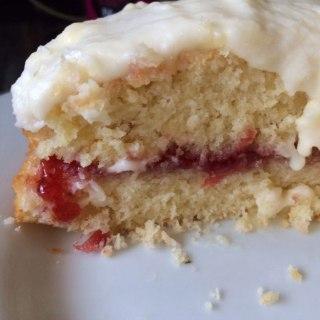 Vintage Baking: A Delicate & Delicious Coconut Cake
