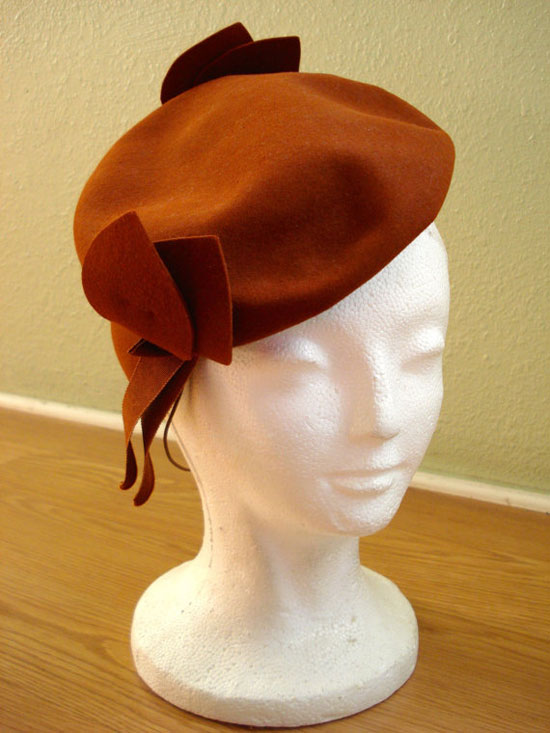 Vintage 1930s Dobbs Tilt Hat Butterscotch Brown Wool Felt