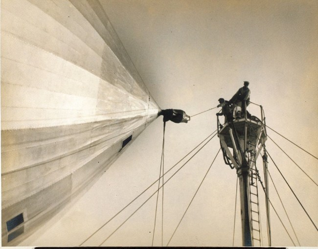 Ground crew tethering a Zeppelin