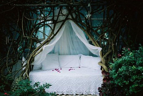 Stern Möbel Weird Pictures Of Outdoor Beds | Weirdomatic