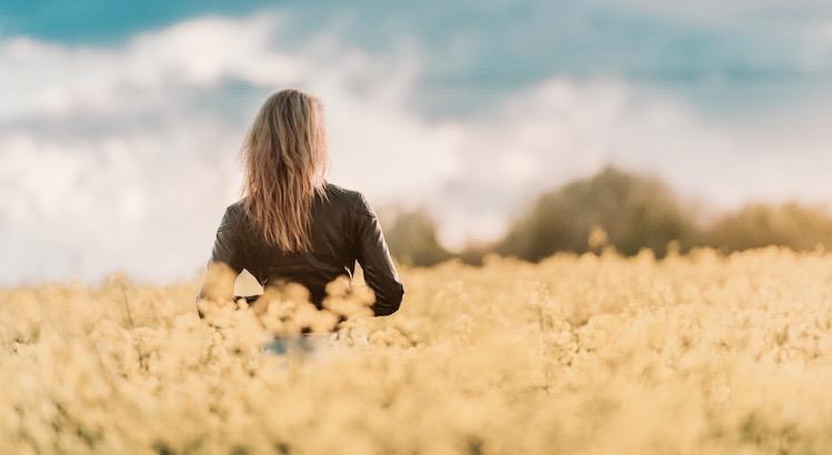 Alle Hindernisse und Schwierigkeiten sind Stufen, auf denen wir in die Höhe steigen. - Friedrich Nietzsche