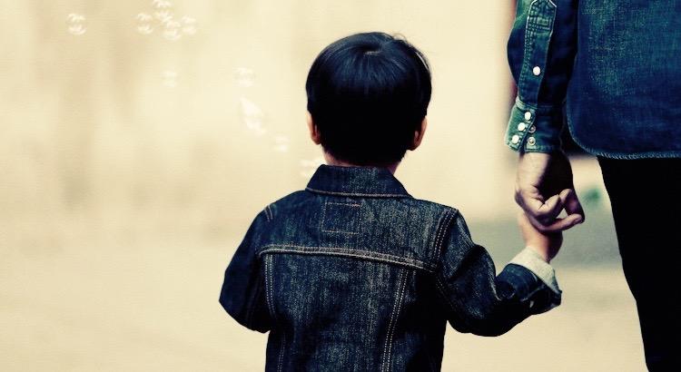 Kinder sind die Zukunft. Kinder sind Leben. - Eine eindrucksvolle, nachdenkliche Geschichte über Erziehung und Charakter.