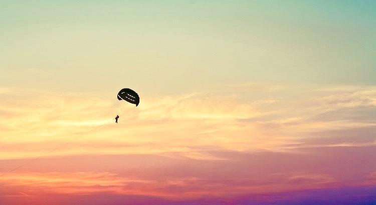 Lass dir von Menschen mit kleinem Horizont nicht erzählen, dass deine Träume zu groß sind. - Unbekannt