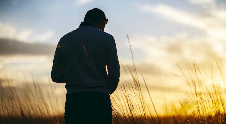 Wissen, wenn es an der Zeit ist zu gehen - ist Weisheit. Dazu in der Lage zu sein - ist Courage. Mit hoch erhobenen Kopf zu gehen - Würde. - Unbekannt