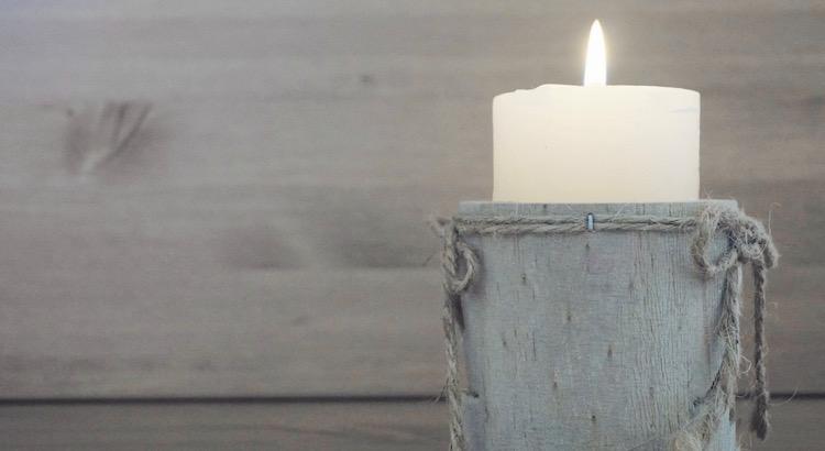 Sieh doch einmal die Kerzen, Sie leuchten indem sie vergehn. - Johann Wolfgang von Goethe