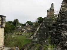 Tempel 1 mit Terrassen