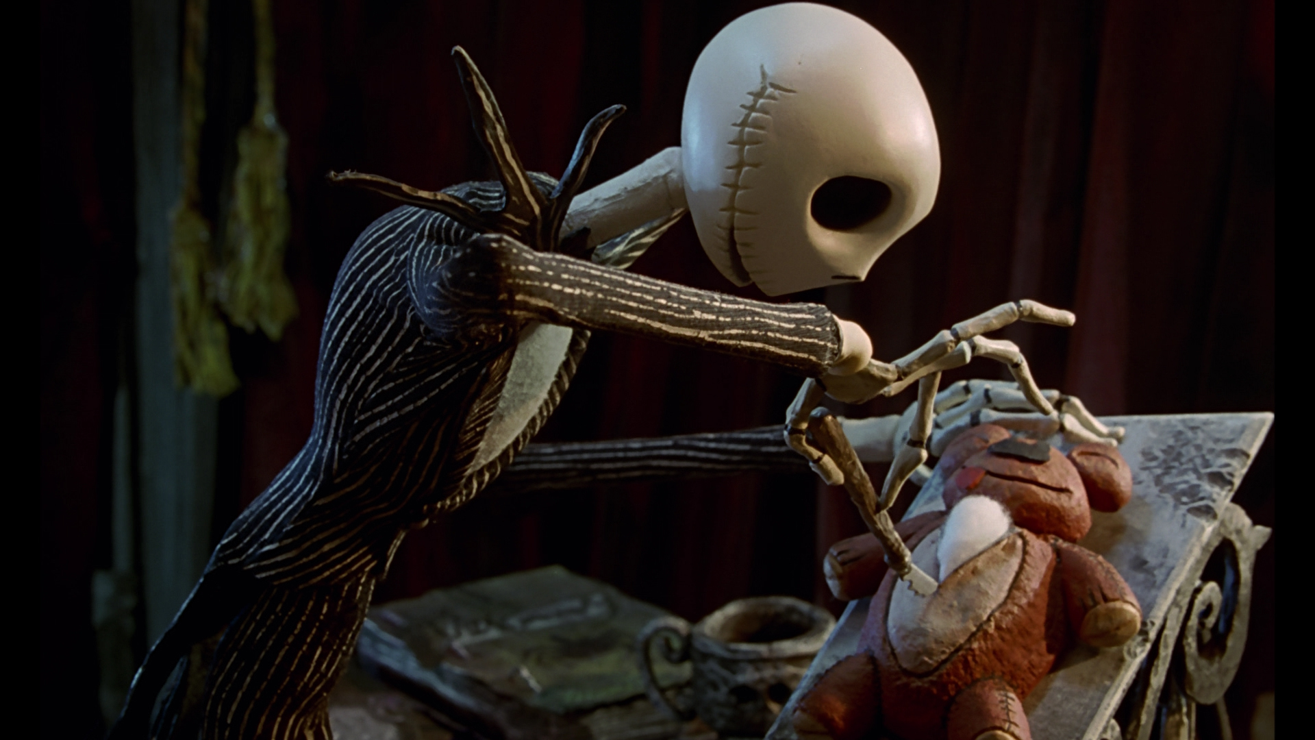 Jack And Sally Wallpaper Hd 10 Best 90s Halloween Movies We Live Entertainment