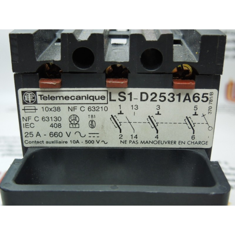 Telemecanique LS1-D2531A65 Fuse Holder
