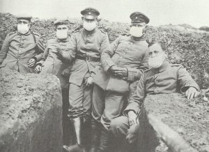 Deutsche Soldaten mit Gastuch