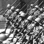 Vorbeimarsch italienischer Soldaten