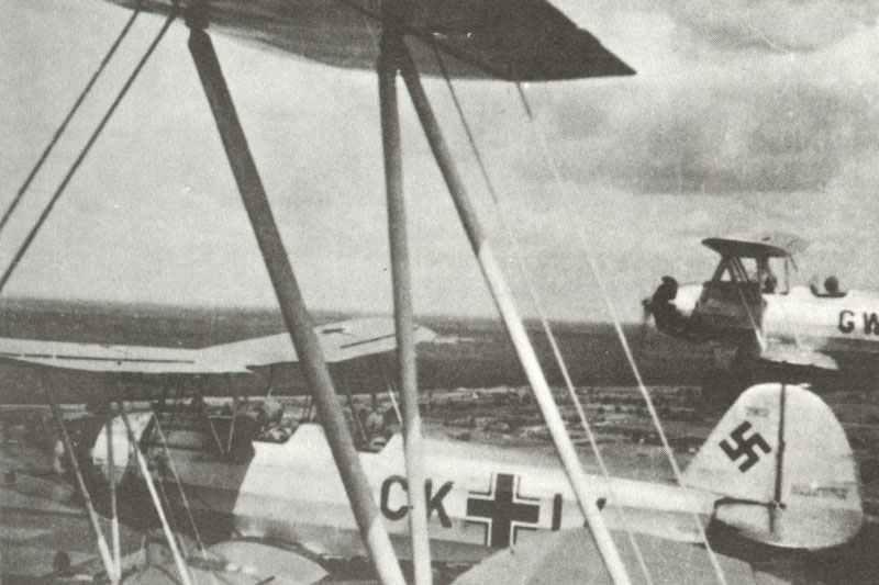 Focke-Wulf Fw44C Basistrainer-Doppeldeckern