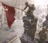 Sowjet-Flagge auf Reichstag