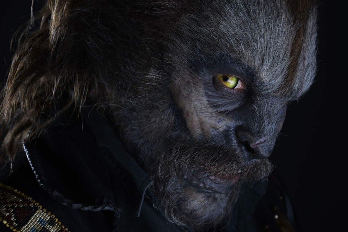Screen Used Alien Hand moreover 2017 Animated Short Oscar Contenders Record Number Films  peting 144106 besides A Close Look At The Werewolf Makeup Of Wolves together with  moreover Top 10 Christmas Party Themes Ideas Ever Fabulous. on oscar movie props