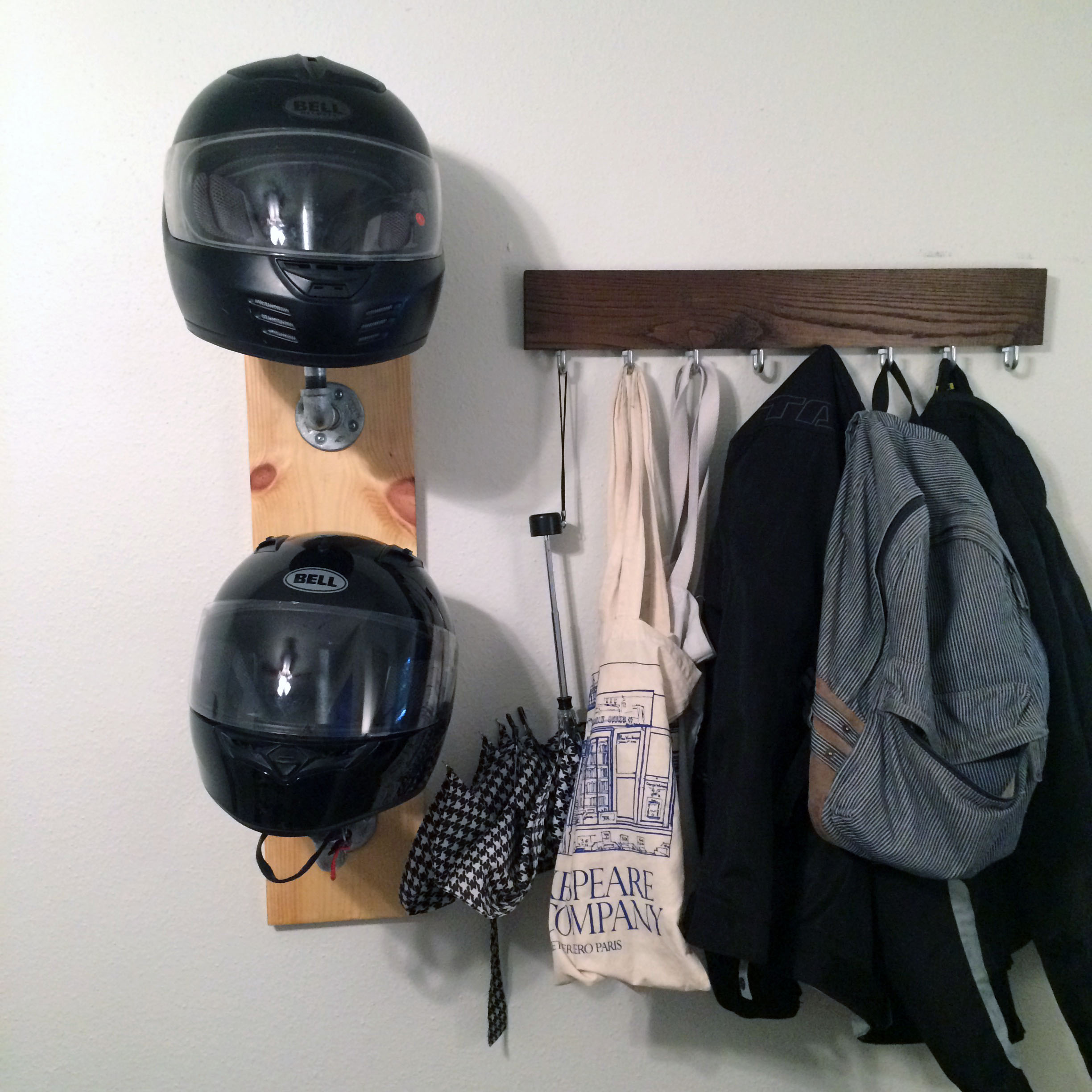 Rangement Casque Moto Easy Diy Helmet Rack In 30 Minutes Or Less Ridewell