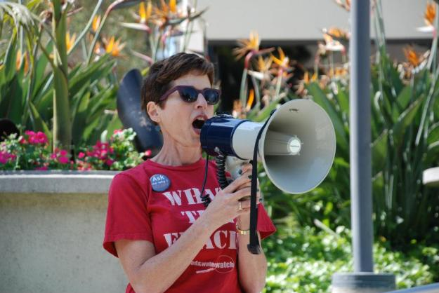 Pictured: Lauren Steiner '79 speaks at the Los Angeles Tar Sands Blockade Solidarity Action in March, 2013.