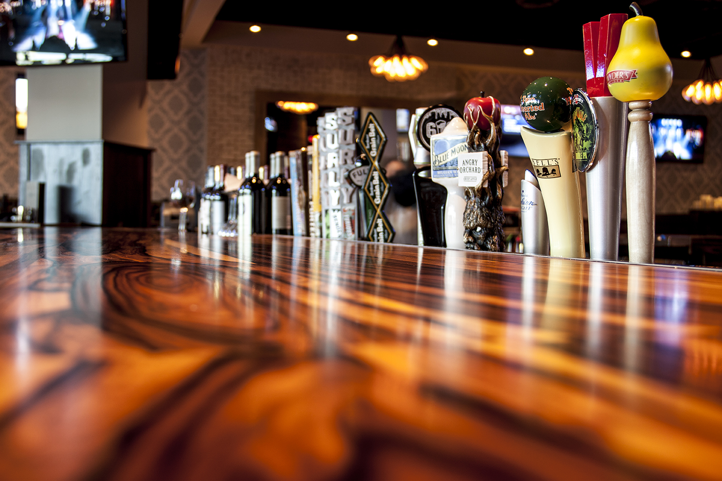Happy Hour Places Near Me Home The Loop West End Bar And Restaurant St Louis Park Mn