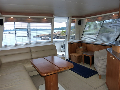 Table Bar Salon Westwind Yacht Sales - 1997 Bayliner 4788 Pilothouse My