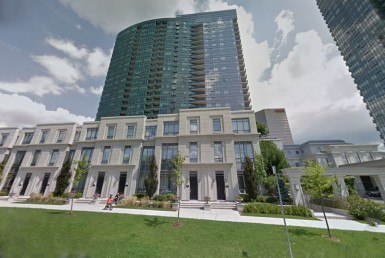 Luxurious Meridian - 25 Greenview Ave, North York, Ontario M2M 0A5