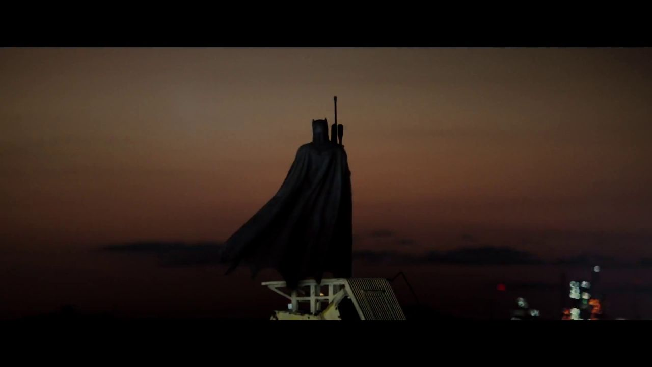 batman begins scene analysis The dark knight: original motion picture soundtrack is the soundtrack album to the 2008 film of the same name, which is a sequel to christopher nolan's 2005 film batman begins.