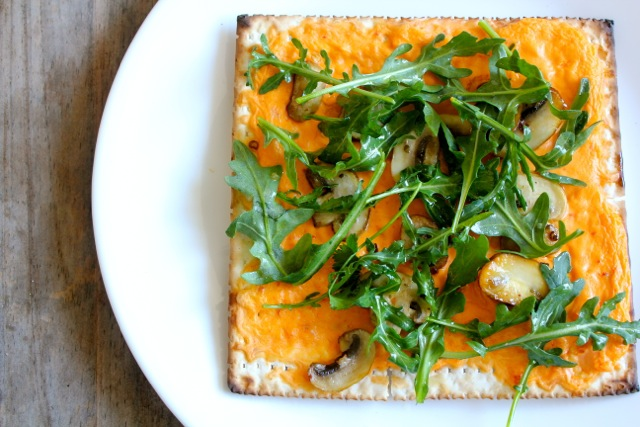 Roasted Red Pepper and Arugula Flatbread Matzo Pizza and Cranberry ...